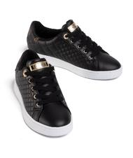 - GUESS REACE Quilted sneakers